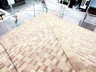 外壁・屋根リフォーム コストを抑え、メンテナンス性と遮熱・防水性を高めた屋根