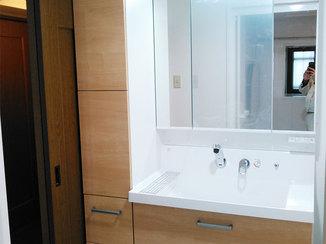 バスルームリフォーム 間仕切り壁をなくして広く快適な洗面スペースに