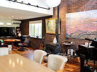 戸建フルリフォーム 重厚感のあるレンガを使い美術館のような雰囲気のお家へフルリフォーム