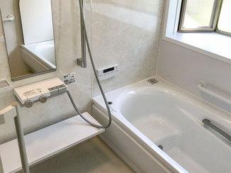 バスルームリフォーム 母が安心して快適に過ごせるあたたかい浴室