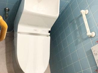 キッチンリフォーム 冷たいタイルの床をクッションフロアに変えて快適になったトイレ